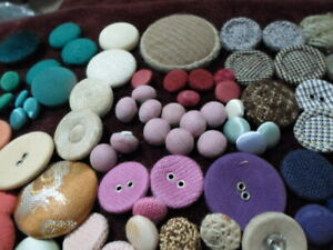 Lot 305 Covered buttons Crafts Bulk Sewing Scrapbooking B323 5 $6.15