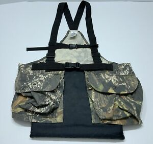 Men's Mossy Oak Breakup Camo Hunting Vest with Pouch And Cushion Red Head