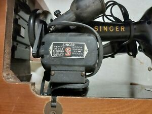 old singer sewing machine In table $40.00