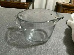 New Large Glass Measuring Bowl With Pourer Never Used