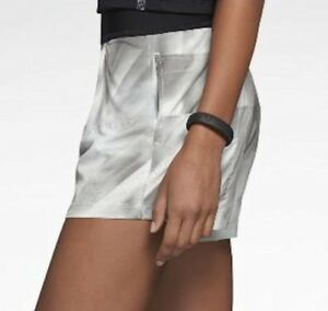 NEW Womens XS NIKE 2 in 1 Woven Printed Tennis Shorts Light Med Dk Grey Black