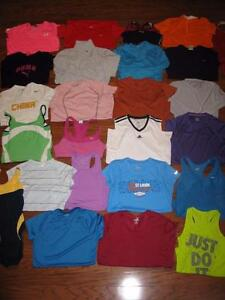 LOT OF 25 WOMENS NIKE ATHLETIC SHIRTS UNDER ARMOUR TOPS SPORTS BRAS TANKS MEDIUM