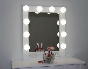 HOLLYWOOD STYLE LIGHTED VANITY MAKEUP MIRROR 24 x 28