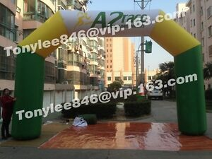 Customs color Inflatable Arch with logouse on race event.20ft wide with blower