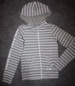 Girl's Under Armour Light Weight Hoodie Heat Gear Youth Gray White Stripe Small