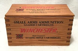 Vintage WINCHESTER 500 Cartridge Solid Wood X22LR Small Arms Ammunition BOX