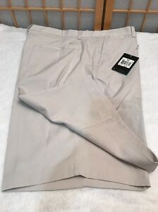 Nike Golf Shorts Dry Fit Beige Standard Fit Stay Cool  Mens Size 38