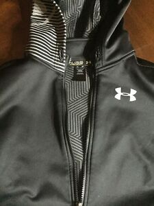 Boys Youth XL Under Armour Winter Jacket Hooded Full Zip Up Rain Coat Black