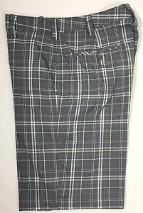 Under Armour Forged Plaid Golf Shorts Men's Size 34 Style#1236335