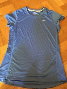 NIKE Fit Dry Women's Blue T Shirt Medium Worn Once Like New