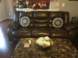 New Living Room 5 piece set 2 leather reclining sofas and 3 tables.
