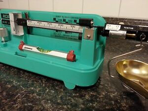 RCBS 10-10 Reloading Powder Scale. USA Made Model by Ohaus