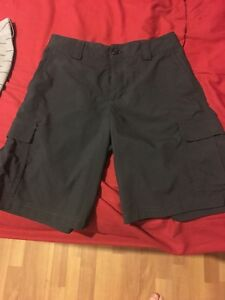 boys youth medium under armour shorts