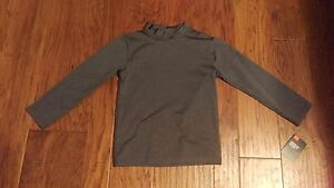 NWT Under Armour Boy's Dry Fit Gray Long Sleeve Shirt Size 4