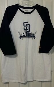 Cymer San Diego Padres Mens 34 sleeve Baseball shirt XL excellent condition