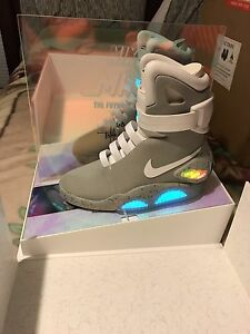 Nike Mag 2016 Auto Lacing #68 Size 7