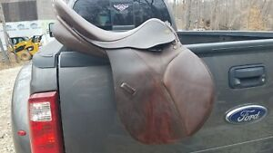 Avante...all purpose English saddle in good condition