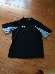 Under Armour Boys YOUTH MEDIUM YMD LOOSE  BLACK Fitness Active Shirt