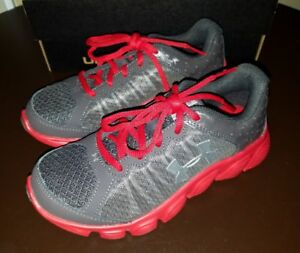 New Boys Gray Red Under Armour BPS Assert 6 Tennis Athletic Running Shoe Size 2Y