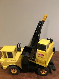 VINTAGE LARGE TONKA MIGHTY SHOVEL PRESSED STEEL YELLOW  CONSTRUCTION TRUCK