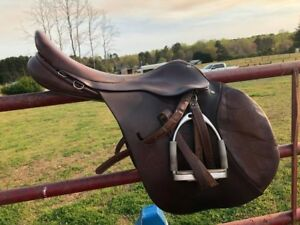18.5 Ainsley ProNational XC event close contact jump saddle good condition!