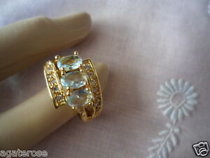 ANTIQUE VINTAGE GOLD RING size 7 O TRIO OF TOPAZ BLUE and SAPPHIRE WHITE STONES