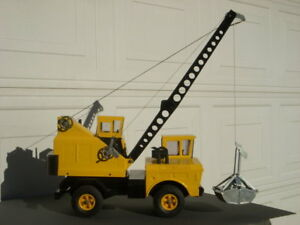 VTG Mighty TONKA Construction Clamshell Bucket Crane Pressed Steel Toy Truck