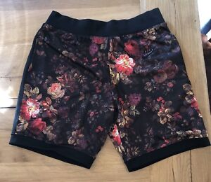 Nike SB Dri-Fit Floral PrintBlack Shorts Mens SZ Small NEW W Tags AA4492 101