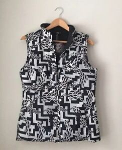 Burton Black & White Abstract Dryride Snowboard Vest Size Medium