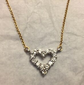White Gold Heart Pendant Necklace with 14 Diamonds