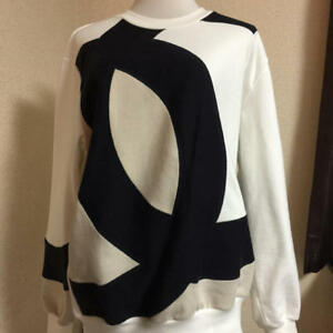 Chanel Runway Sweater Long Sleeve Coco mark White Size 38 Auth New Unused Rare
