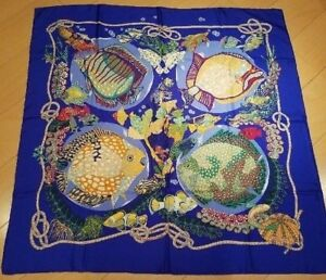 Hermes Carre 90 Scarf Stole Silk 100% Grands Fongs Tropical Fish Sea Women Rare