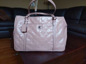 COACH PEYTON  PINK PATENT LEATHER SHOULDER BAG = AUTHENTIC = PINK W DUST BAG