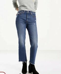 LEVIS WEDGIE FIT LASTING IMPRESSION WASH 30 NWT $98