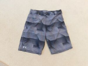 UNDER ARMOUR YOUTH MEN'S BLACK GRAY LOOSE SHORTS SIZE Y XL $30.71