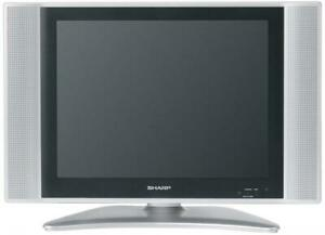 Sharp LC-15SH6U 15-Inch LCD TV