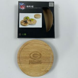 Picnic Time NFL Licensed Green Bay Packers Brie Cheese Cutting Board w utensils