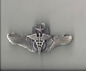 Flight Surgeon Command or Master full size Pilot wing