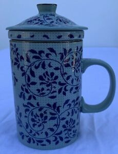 3 PIECE CHINESE PORCELAIN TEA CUP MUG WITH LID AND INFUSER STRAINER Blue Floral