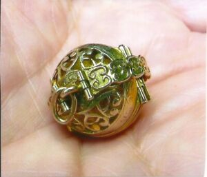 solid 14k yellow gold ball 6 picture locket pendant