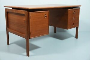 Desk Danish mid Century Writing Desk Design Probably GV Gasvig Gv-Møbler a  S