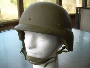 PASGT Helmet Desert Gulf complete w/choco chip cover, Medium size