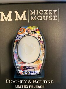 NEW DISNEY DOONEY & BOURKE MAGIC BAND 2 MICKEY MOUSE THROUGH THE YEARS