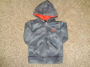 Under Armour Gray Camo Full zip Hoodie Boys size 4 91 $9.99