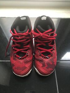 Boy's Black and Red Under Armour Basketball Shoes US Size 13K