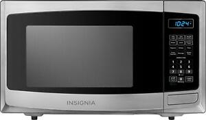 Insignia- 0.9 Cu. Ft. Compact Microwave - Stainless steel