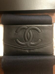 Authentic Chanel Vintage CC Clutch Wallet Purse WOC-style Caviar Card Pre-Owned