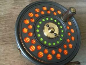 HARDY Fly Fishing Reel The FEATHERWEIGHT Good condition color silver very rare