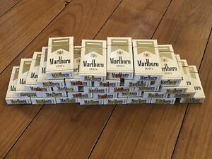 LOT OF 30 MARLBORO LIGHT 100'S GOLD PACK USED EMPTY BOXES FOR ART CRAFTING