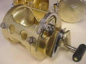 Fin Nor 12A 2-SPEED Gear Fishing Reel Sporting Goods Rare